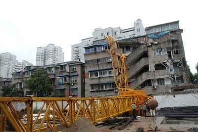 较大事故快报 | 陕西汉中一在建工地塔吊倒塌致3人死亡